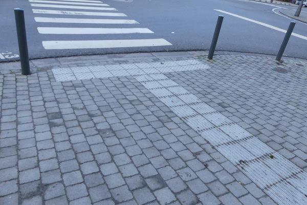 AC DURBUY – Aménagement des trottoirs à Bomal (dalles podotactiles)
